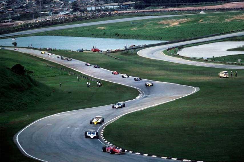 สนามแข่งรถที่ยิ่งใหญ่ สวยงามติดอันดับโลก